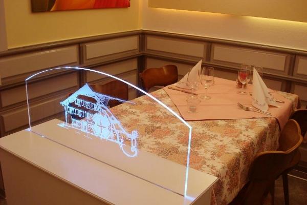 restaurant-0076920884F-4238-3C9C-4765-724B5DF9B1F5.jpg