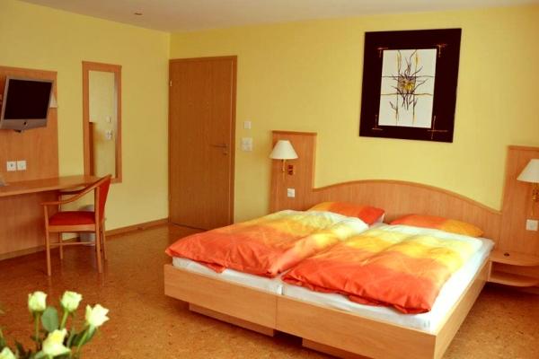 hotel-004C463F12B-2512-6580-67A6-CD62ED74855B.jpg
